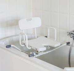 Drehbarer Aluminium-Badewannensitz         mit Rückenlehne und Armlehnen